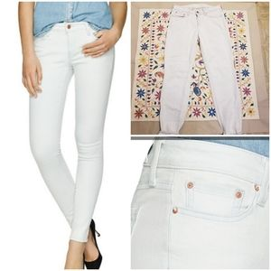 Aritzia The Castings Bleach Out Skinny Jeans